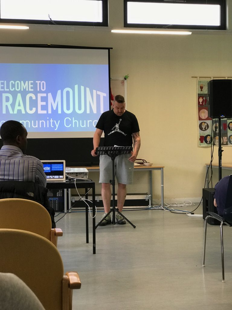 Welcome to Gracemount Community Church